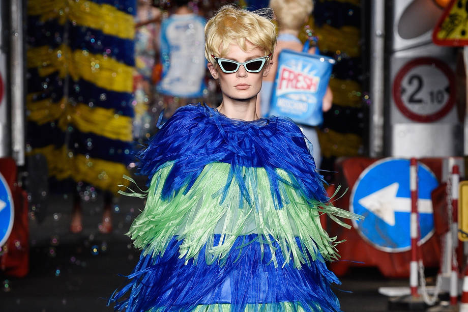 MILAN, ITALY - SEPTEMBER 24:  A model walks the runway during the Moschino fashion show as part of Milan Fashion Week  Spring/Summer 2016 on September 24, 2015 in Milan, Italy.  (Photo by Pietro D'Aprano/Getty Images)